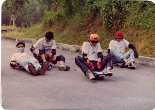 Downhill 02