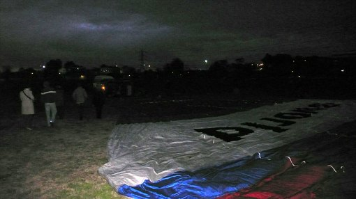 Laying out the balloon...