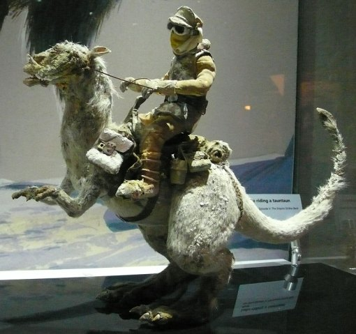 Tauntaun w/Luke Skywalker